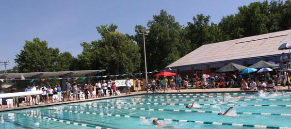 Greenbelt Aquatic Center pool