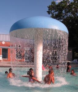 mushroom fountain at Greenbelt Aquatic Center pool