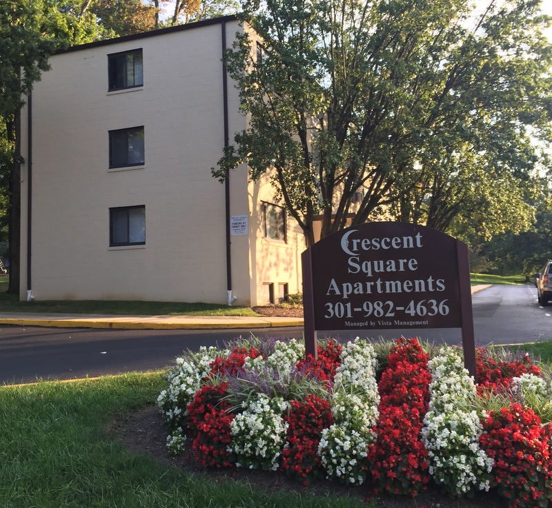 Crescent Square Apartments