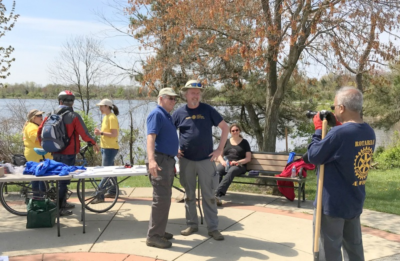 College Park Rotary at Lake Artemesia Good Neighbor Day