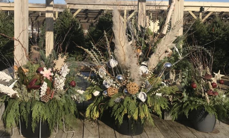 Porch pots at Homestead Gardens