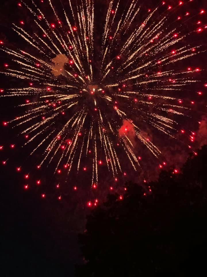 Greenbelt fireworks 2021 by Linda Ivy